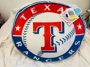 TEXAS RANGERS PLUSH PILLOW